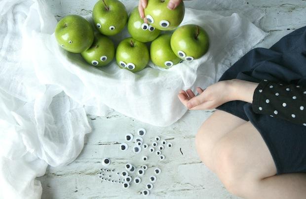 DIY gezonde traktatie met appel appelmannetjes