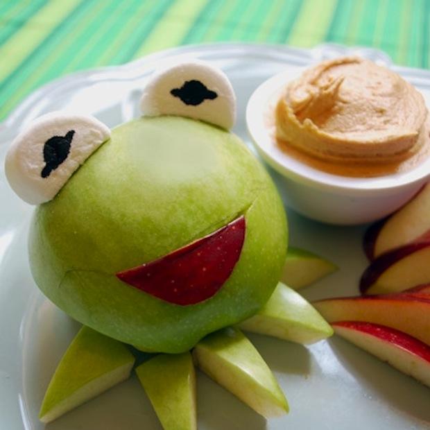 DIY gezonde traktatie met appel kermit de kikker