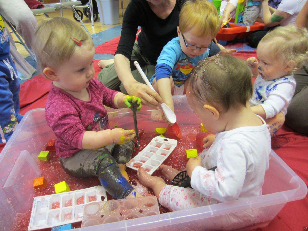 Bekend 5 leukste sensitieve spelletjes voor baby, dreumes en peuter &HP06